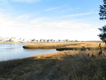 The South River from 0 Ridge Road, Marshfield - Courtesy of MLS PIN